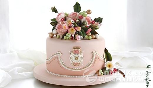高端婚礼定制成就翻糖蛋糕市场