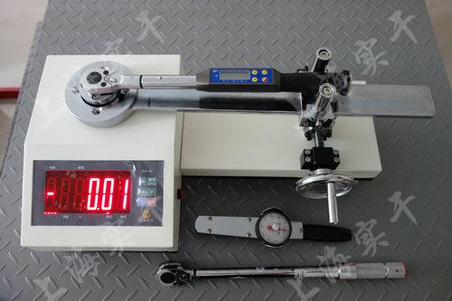 触屏固定式扭力扳手检定仪图片